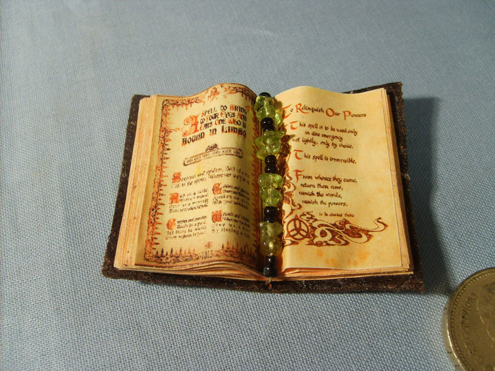 attraction spell book